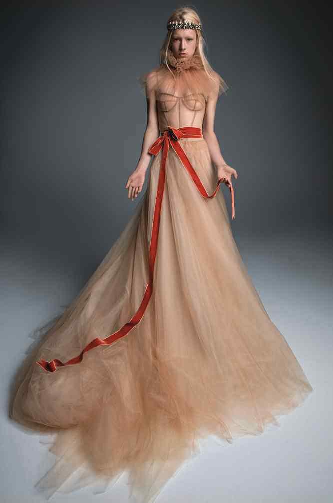 Colecția bright bold rochii de mireasa